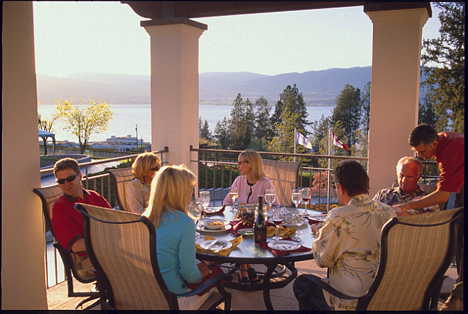 Cedarcreek vineyard terrace restaurant 5445 lakeshore for Terrace 33 menu